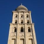 Le clocher de la cathédrale Saint-Front