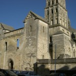 Entrée ouest de la cathédrale Saint-Front