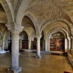 Salle capitulaire du cloitre de la cathédrale Saint-Front de Périgueux